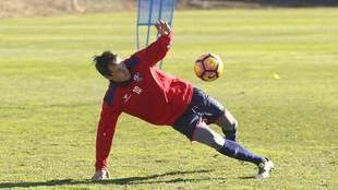 Camacho, durante un entrenamiento reciente con el Huesca