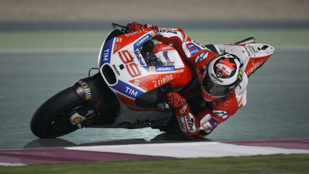 Jorge Lorenzo, sobre su Ducati
