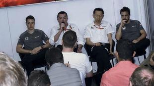 Vandoorne, Boullier, Hasegawa y Alonso dan explicaciones en Melbourne.