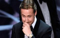 Las cámaras captando el momento de la sonrisa de Ryan Gosling