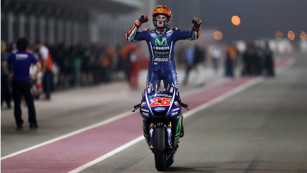 Maverick celebró por todo lo alto su primera victoria en Yamaha y la...