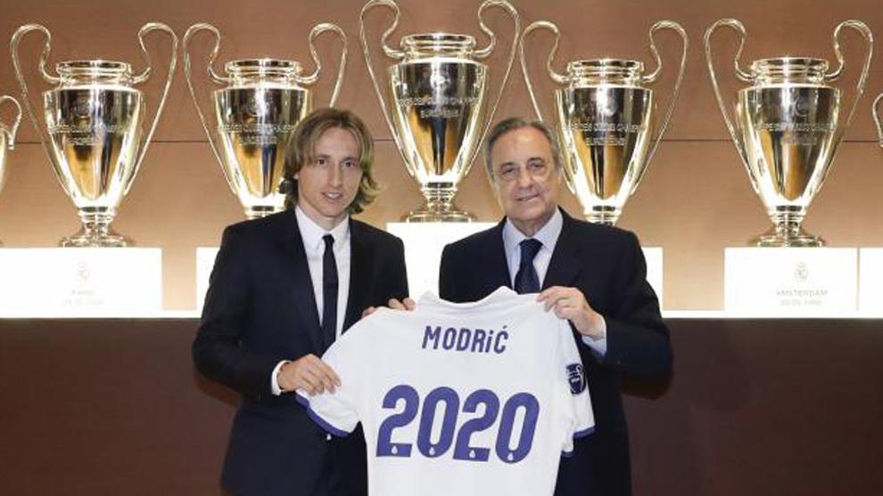 Modric y Florentino, en la renovación del croata