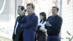 Mateo Alemany junto a Layhoon, Anil Murthy y Alesanco en Paterna...