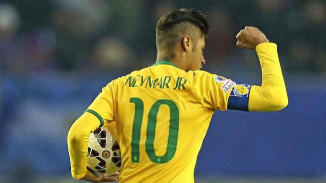 Neymar en una de sus últimas apariciones como capitán
