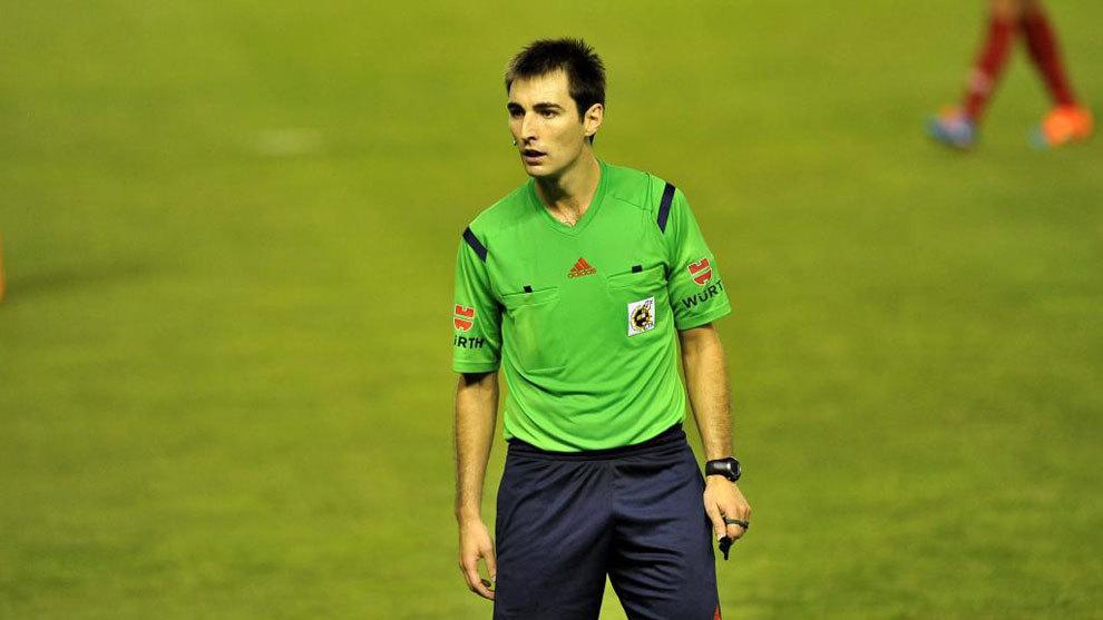 """RASMAN: """"Madrid"""" derbisini Rikardo de Burgos boshqarib boradi"""
