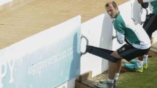 Roman Zozulya, en un entrenamiento con el Betis.