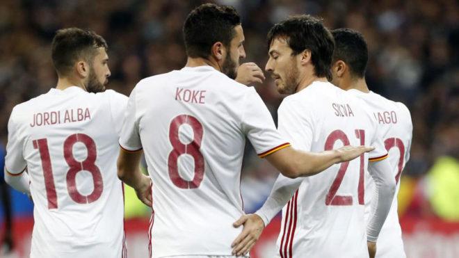 España celebra uno de los goles a Francia.