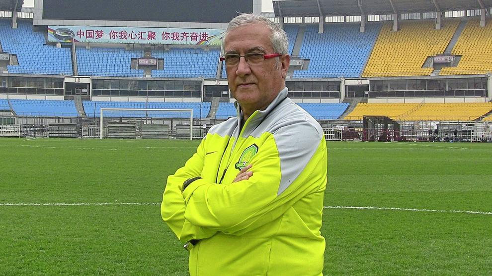 Gregorio Manzano en su etapa como entrenador del Beijing Guoan