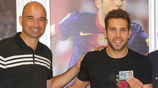 Andrés Manzano, junto a Jordi Alba en un acto promocional.