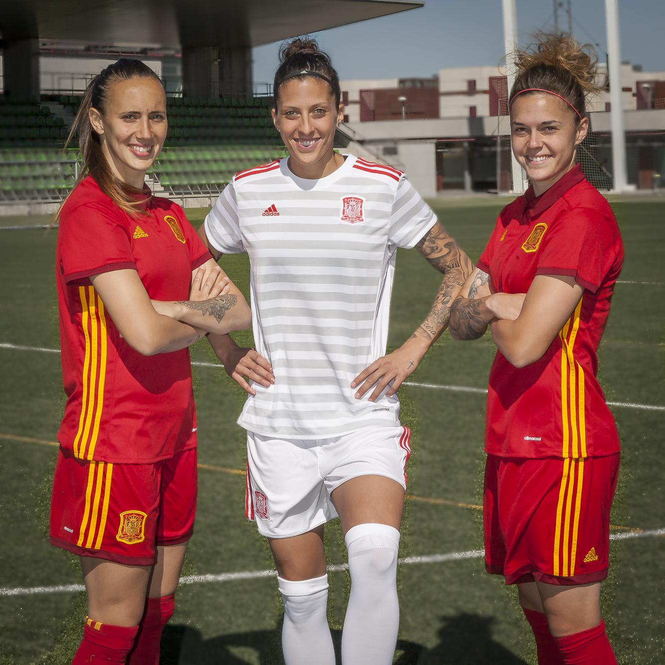 9b55147ca761c Adidas y la RFEF presentarán la nueva camiseta de la selección femenina