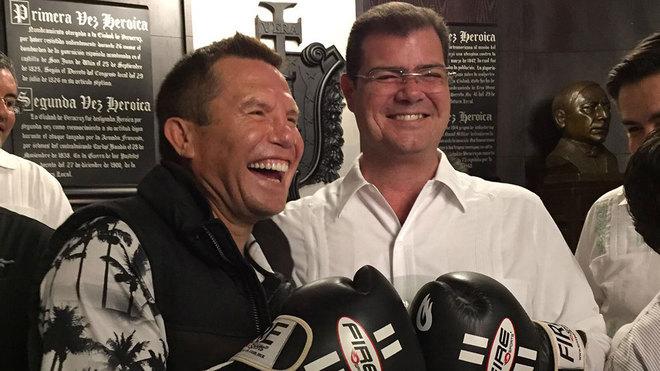 JC Chávez habla de la próxima pelea de su hijo ante Canelo.