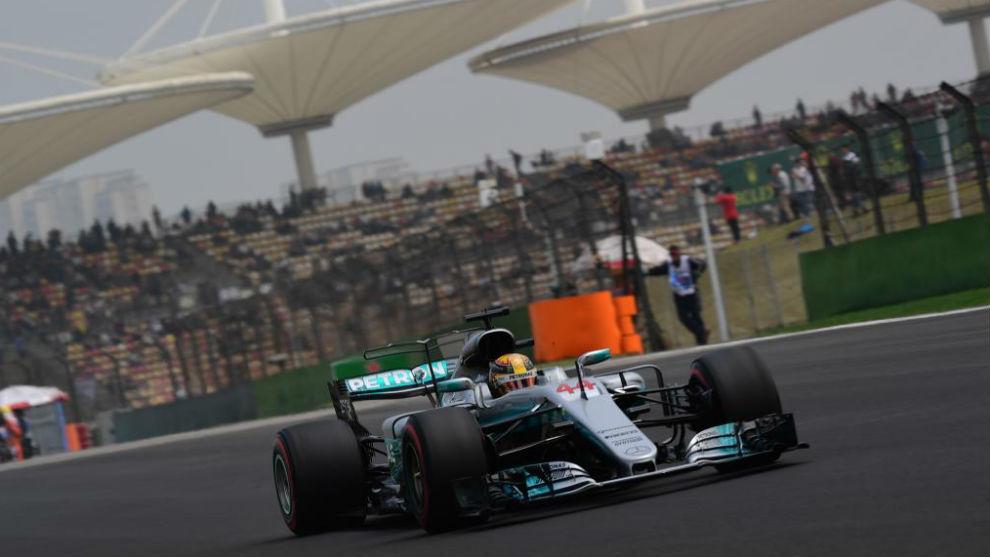 Lewis Hamilton, logró en Australia la primera pole del año