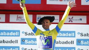 Alejandro Valverde celebrando su primera victoria en la Vuelta al...