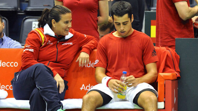 Conchita Martínez habla con Jaume Munar.