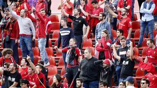 Grada del Mallorca durante el partido