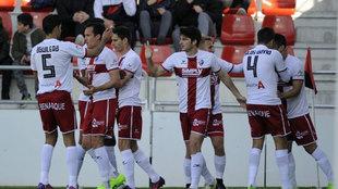 El Huesca celebra un gol en Anduva.