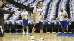 Tony Romo recibirá homenaje en la NBA.