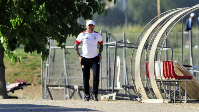 Sampaoli, llegando al entrenamiento del Sevilla este miércoles.