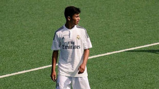 Paolo Medina, con la camiseta del Real Madrid, durante un partido.