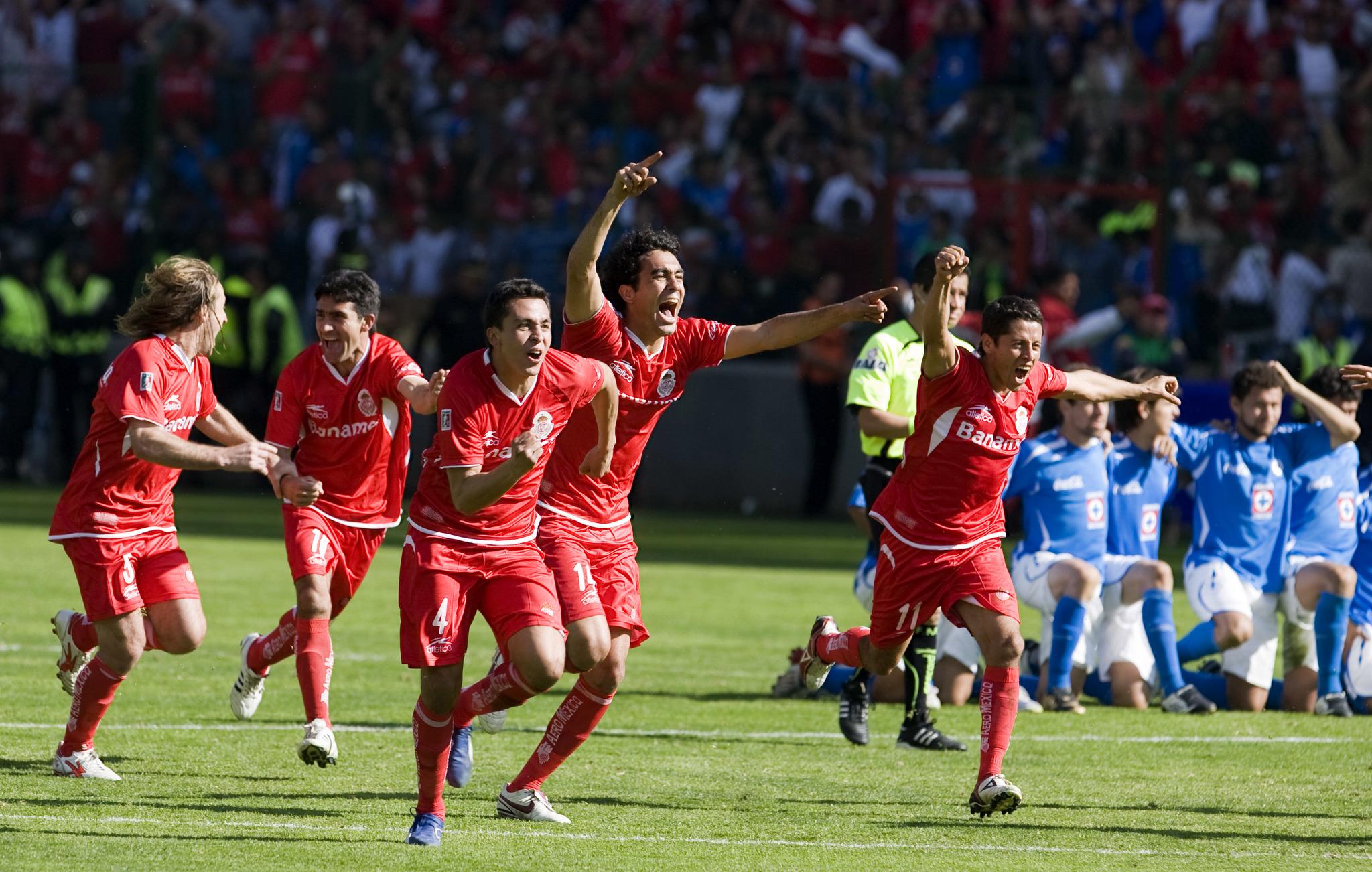 Toluca ganó la final del Apertura 2008 pese a la bravía remontada de...