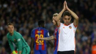 Munir pide perd�n al Camp Nou tras marcar esta temporada.