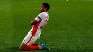 Mbapp� celebra un gol con el M�naco