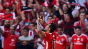 Jonas celebra su gol al Marítimo.