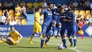 Jorge Molina, Chuli, Portillo y Pacheco celebran el primer gol del...