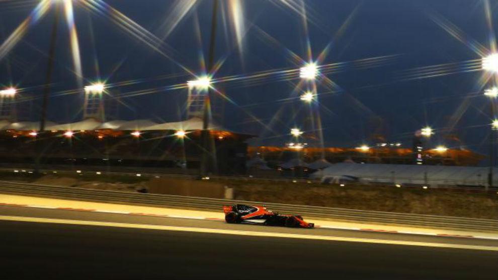 Vandoorne dio las vueltas previas a la carrera y luego no salió.