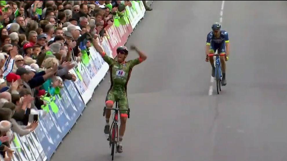 Gaudin celebró con ímpetu su gran victoria en el Tro Bro Leon.