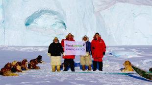 Manuel Calvo y su padre en Groenlandia.
