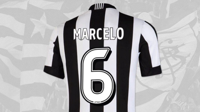 La camiseta que Botafogo colgó en su cuenta de Twitter