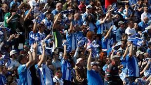 Afición del Leganés en un partido de Liga