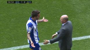 Joselu y Pepe Mel discutiendo en el partido contra el Málaga