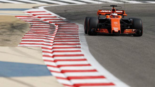 Vandoorne pilota su McLaren en la segunda jornada del test post...