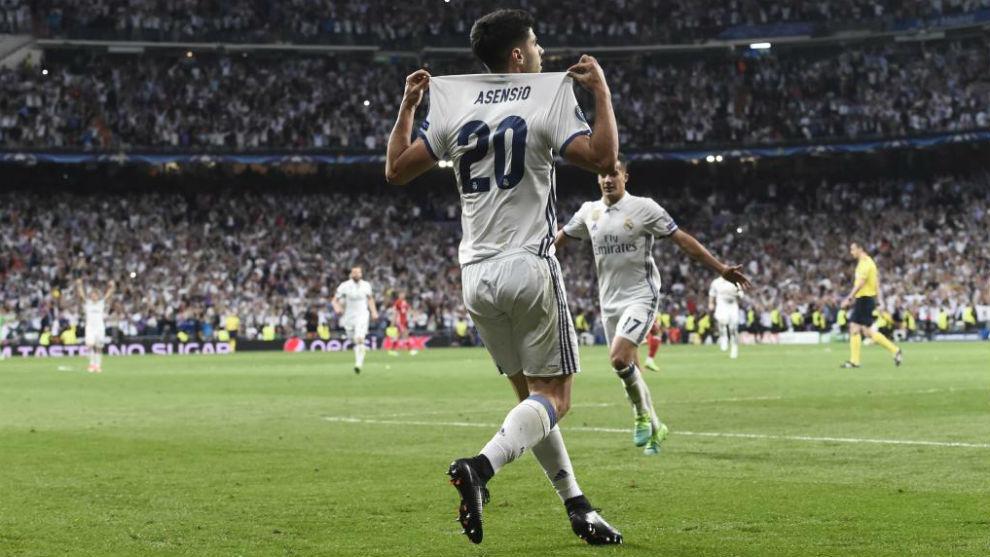 Asnsio celebrando su gol ante el Bayern