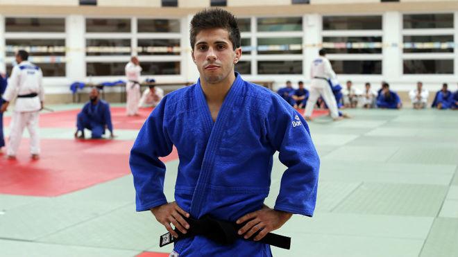 Fran Garrigós posa para un reportaje antes de los Juegos de Río.