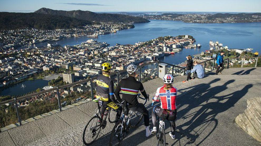 La vista de la ciudad de Bergen desde el Monte Floyen.