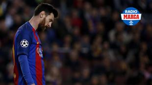 Messi se lamenta tras la eliminación del Barcelona de la Champions
