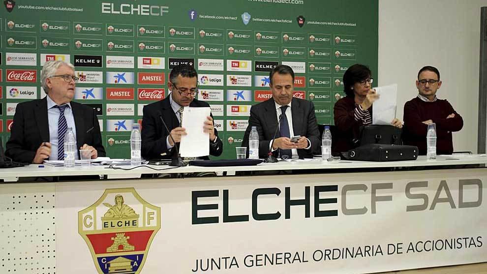 Diego García, presidente del Elche, y Carlos Pérez, administrador...