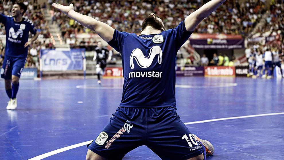 Ricardinho durante un partido con Movistar Inter