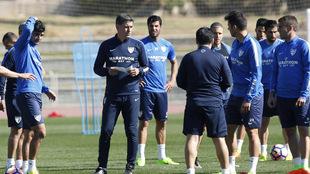 Entrenamiento del Málaga CF a las órdenes de Míchel