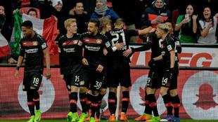 Los jugadores del Bayer, celebrando un gol esta temporada.