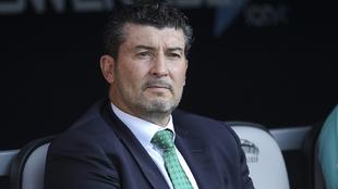 José Manuel de la Torre durante el partido ante Atlas.