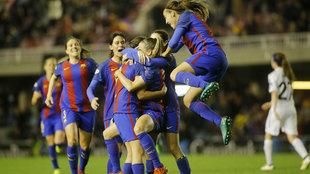 Las jugadoras del Barça celebran el triunfo contra el Rosengard