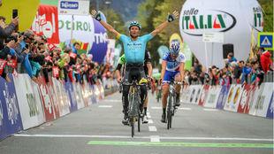 Michele Scarponi, el pasado lunes en Innsbruck. Gan� la primera etapa...