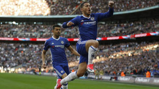 Hazard celebra su gol al Tottenham.