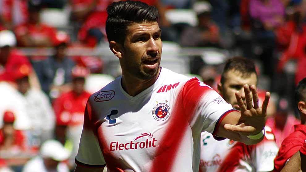 Eduardo Herrera durante el partido ante Toluca.
