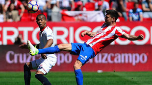 Sergio Álvarez en un partido de esta temporada contra el Sevilla