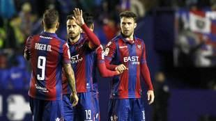 Jugadores del Levante celebrando un gol en un partido de Liga
